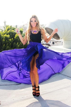 teal HAUTE & REBELLIOUS necklace - blue HAUTE & REBELLIOUS skirt