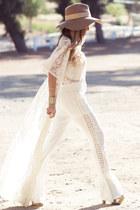 gold HAUTE & REBELLIOUS bracelet - off white HAUTE & REBELLIOUS dress