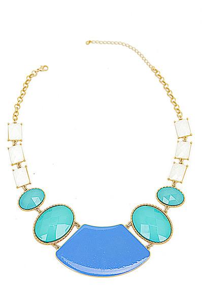 HAUTE & REBELLIOUS necklace