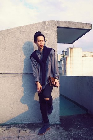 gray vintage shirt - navy A ROOM MODEL shoes - black Cheap Monday jeans