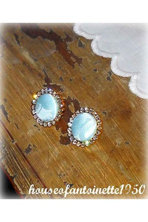 HouseofAntoinette1950 earrings