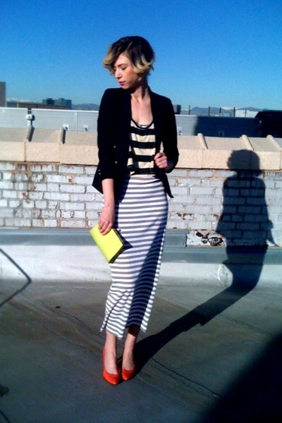 gray-target-dress-black-boys-thrifted-blazer-chartreuse-vintage-clutch-thrif_400