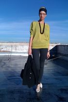 green Forever21 sweater - gray Forever21 leggings - brown thrifted necklace - bl