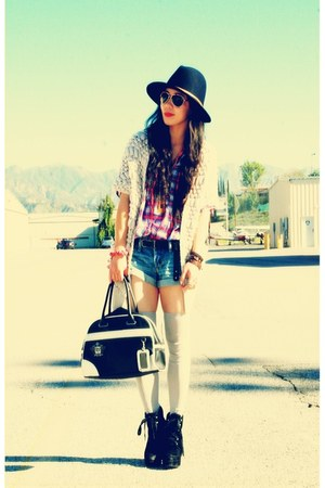 Dolce Vita boots - Zara shirt - vintage bag - a&amp;f shorts - free people socks - R