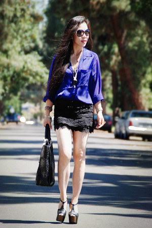 carlos falchi bag - black lace Lulus shorts - Jessica Simpson heels - blue H&M b