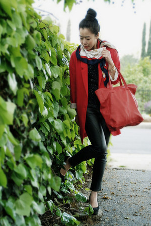 red Zara blazer - black vintage scarf - red Zara bag - black Charlie David heels