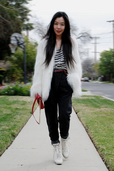 vintage sneakers - white faux fur Zara coat - Marc Jacobs bag