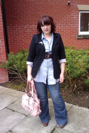 blue Littlewoods jeans - blue Primark shirt - pink Claudia Canova purse - black