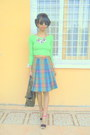 Chartreuse-crop-top-tartan-skirt