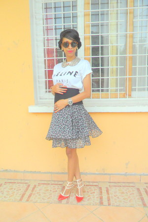 white Celine t-shirt - black floral skirt - red Valentino pumps