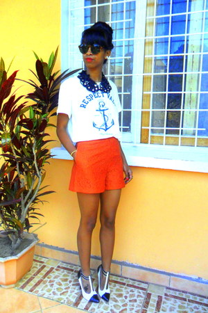 carrot orange lace shorts - white t-shirt - white Christian Louboutin pumps