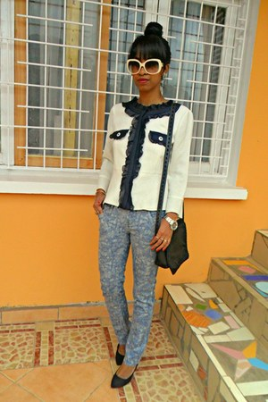 tie and dye jeans - off white Chanel like jacket - court heels - Rolex watch