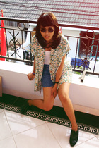 sunglasses - - top - shorts - shoes