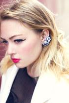 Haute1 earrings