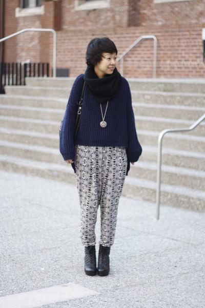 heather gray harem funktional pants - blue fish tail Uniq sweater