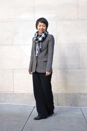 gray BCBG blazer - black Anne Klein pants