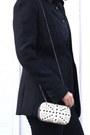 White-clutch-purse-black-zara-blazer
