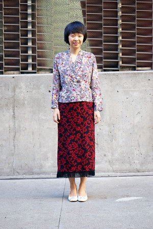 maroon thrifted skirt - white unknown brand shoes - light purple Drivestore top
