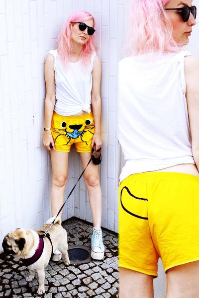 yellow Lo&Chlo shorts - white handmade shirt - black Seppla glasses
