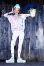 Aquamarine-seppla-hat-light-blue-qooqoo-leggings-light-pink-qooqoo-shirt