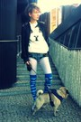 Sky-blue-clouds-qooqoo-socks-black-studded-leather-stradivarius-jacket