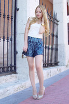 blue Maje shorts - dark brown Gucci sunglasses - gold les jumelles bracelet - iv