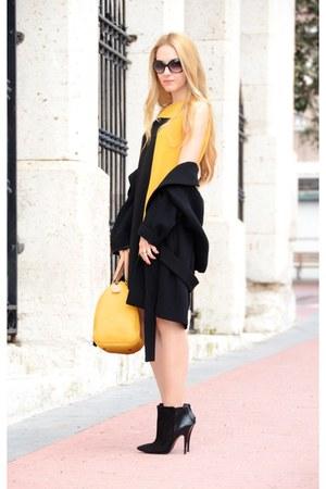 westrags dress - Carolina Herrera bag - Marc by Marc Jacobs sunglasses