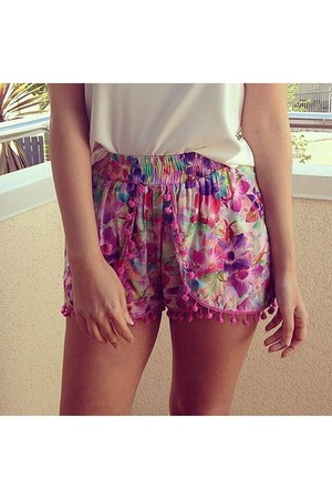bubble gum random brand shorts
