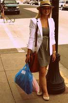 gray f 21 dress - brown f 21 purse