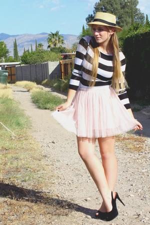 pink f21 skirt - f21 hat