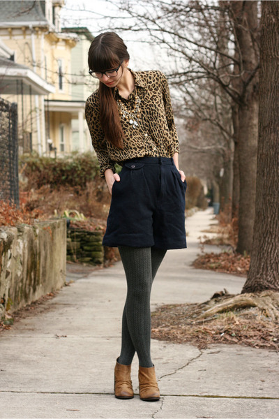 navy vintage shorts - brown Boutique 9 boots - dark gray H&amp;M tights