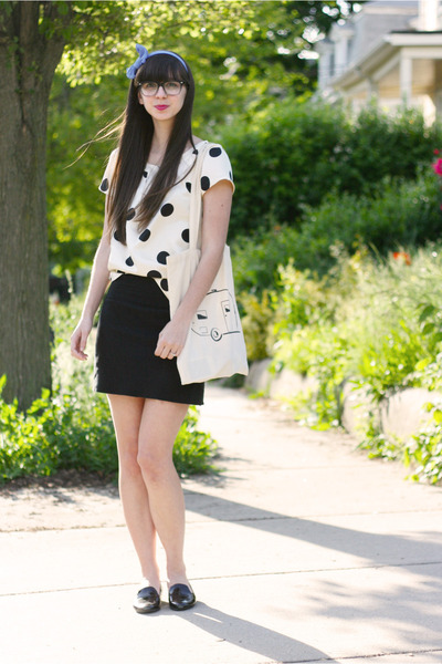 black American Apparel skirt - off white haberdash vintage bag
