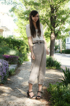 heather gray Anthropologie pants - white Urban Outfitters t-shirt - black Foreve