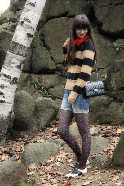 gray Anthropologie tights - off white Urban Outfitters shoes - camel H&M sweater