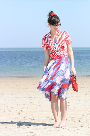 violet Diane Von Furstenberg dress - red TOMS shoes - red vintage shirt