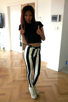 black crop top Newlook shirt - black Newlook pants - off white NanstyGal pumps