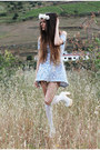 White-deandri-boots-light-blue-motel-rocks-dress