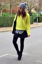 heather gray beanie Topshop hat - white striped H&M shirt