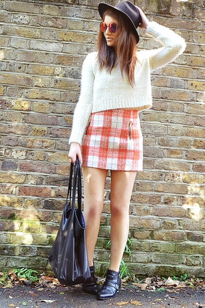 orange mini Topshop skirt - black fedora H&M hat - ivory cropped Topshop jumper