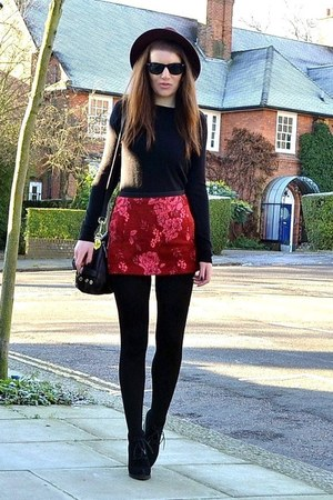 ruby red patterned Topshop skirt - black suede Topshop boots