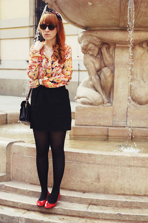 light orange Sheinside blouse - gold OASAP ring
