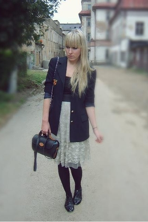 M&amp;S blazer - modcloth skirt - new look top - Primark shoes - vintage purse