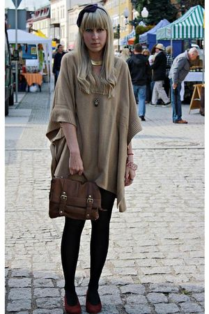 beige H&M - brown Primark bag