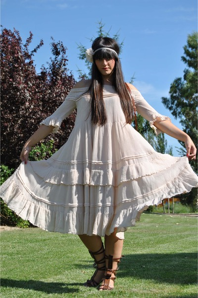 pink hakei dress - pink Topshop accessories - brown Vintage from Madrid accessor