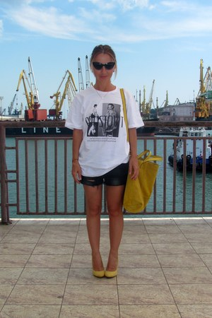 white Poustovit t-shirt - mustard Zara bag - black Topshop shorts
