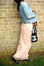 Denim-jacket-chanel-bag-black-leather-wedges-ruffled-skirt