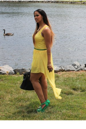 heel-less wedges - high-low skirt - yellow tank top t-shirt