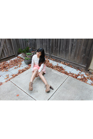 tan Jeffrey Campbell shoes - ivory H&M shirt - light pink Tobi skirt