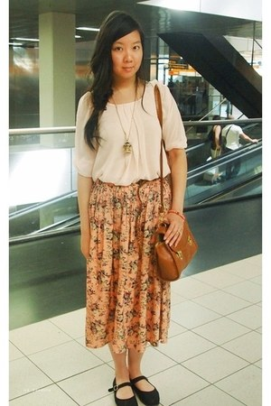floral skirt skirt - yesstylecom bag - chiffon new look blouse