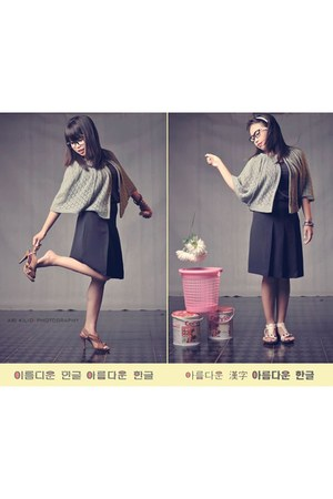 colection stamp skirt - blazer - heels - flats